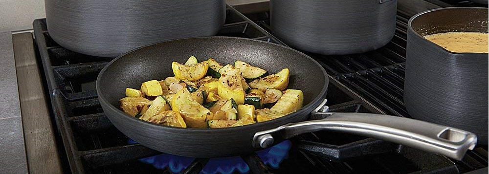 What is the best cookware for gas stoves?