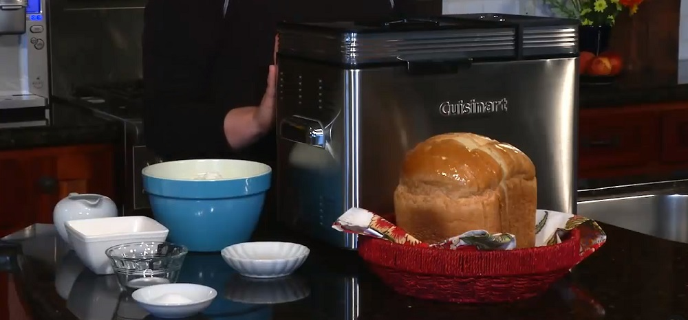 Bread Machine: Yeast vs Instant Yeast | What's the Difference?