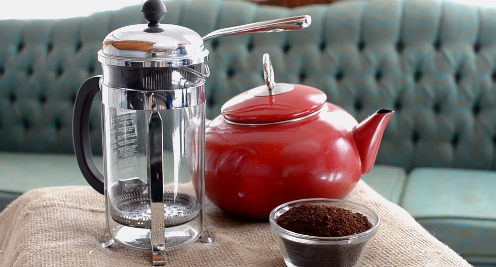 Can you use regular coffee grounds in a French press?