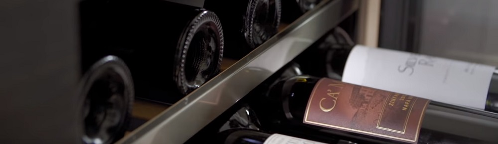 The Difference Between Freestanding & Built-In Wine Coolers