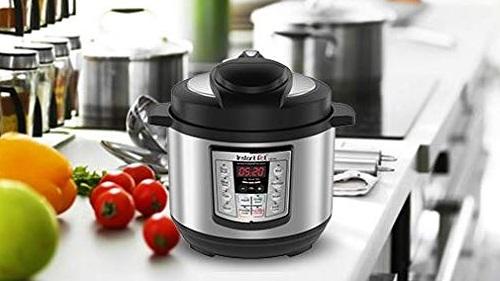 Instant Pot LUX Mini 3 Qt 6-in-1 Multi- Use Programmable Pressure Cooker